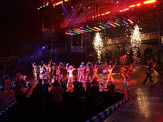 """Megamusical - Image: Musical """"Starlight Express"""" in Starlight Express Theater, Bochum, Germany (March 2018) 03"""