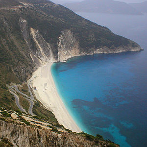The Myrtos beach in Pylaros/Kefalonia