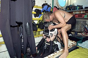 NEEMO 7 Barratt dons EX14 suit.jpg