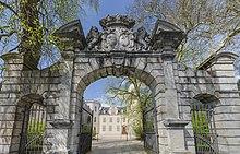 Steinsches Schloss, wo die Familie nach dem Verfall der Burg wohnte (Quelle: Wikimedia)