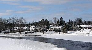 Walden, Ontario - Naughton on Simon Lake