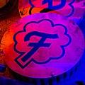 Neon Boneyard (40913550882).jpg