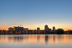 New Brunswick NJ Skyline at Sunset.jpg