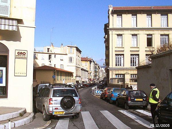 Nice-Port-RueEmmanuelPhilibertE.jpg