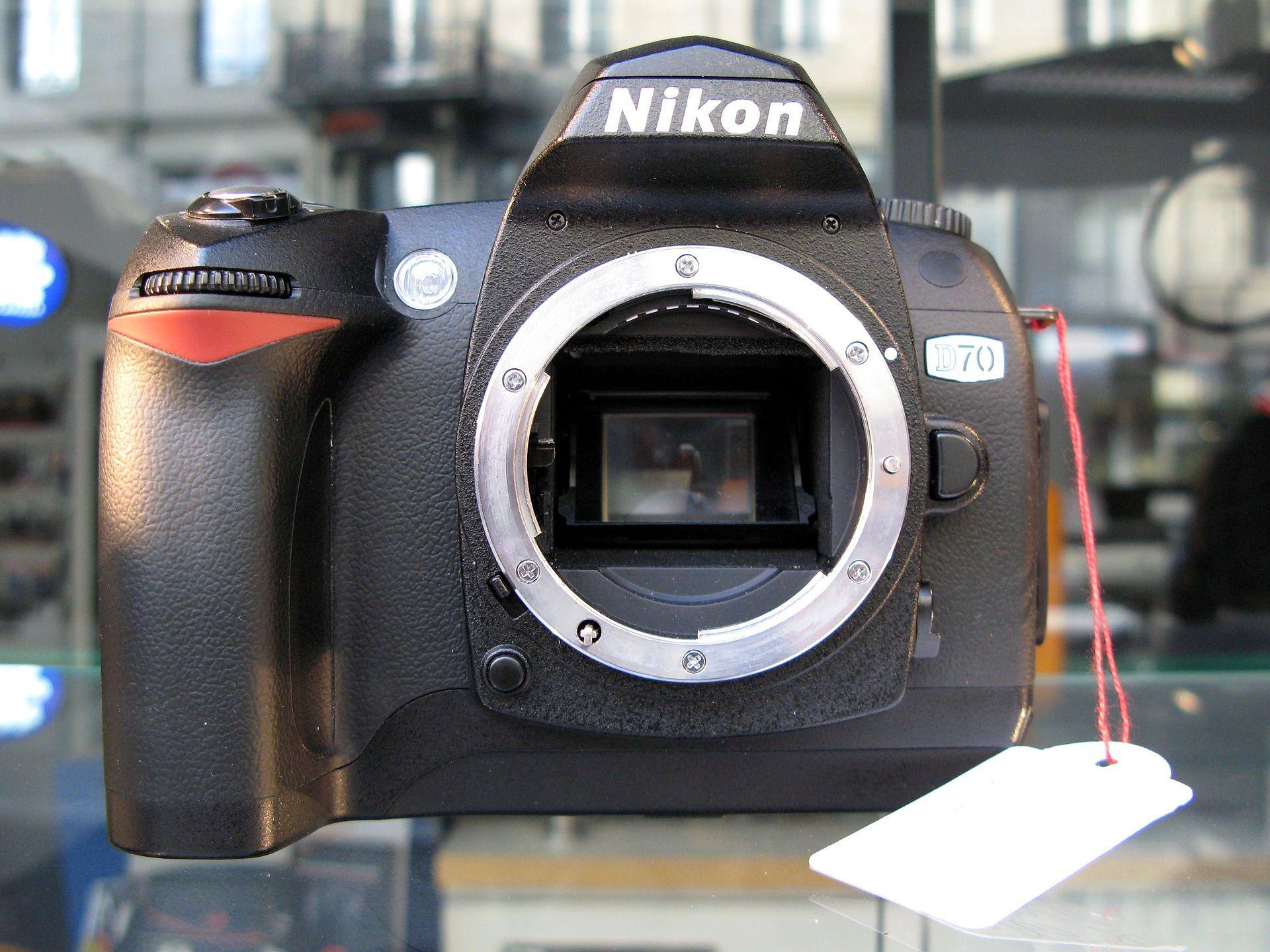 Samyang AF 14mm f2.8 Nikon F mount Lens