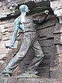 OSHaarmannsbrunnenskulptur.jpg