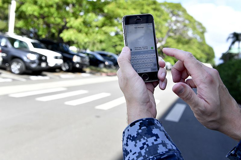 File:Oahu Military Installations join Island-wide Text-to-911 Service 161013-N-IU636-105.jpg