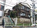 Old houses in Roppongi.jpg
