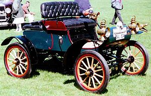Oldsmobile Curved Dash - Image: Oldsmobile Curved Dash Runabout 1904 2
