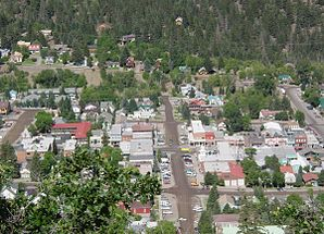 Ouray from Ampitheater.jpg