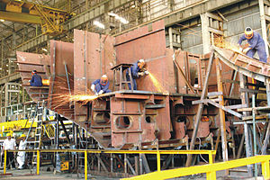 Kolkata-class destroyer - Hull of a 15A destroyer being built at Mazagon Docks.