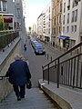 P1330249 Paris XVIII rue de Chartres rwk.jpg