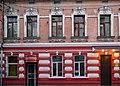 P1420310 вул. О. Кульчицької, 15 (нині на будинку встановлена таблиця з № 9.jpg