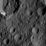 PIA20933-Ceres-DwarfPlanet-Dawn-4thMapOrbit-LAMO-image171-20160606.jpg