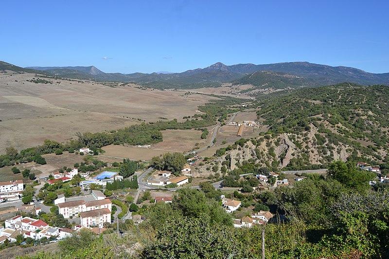 File:Paisajes de Alcalá de los Gazules (37875760682).jpg