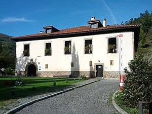Mieres - Palacio de Arriba, Cenera