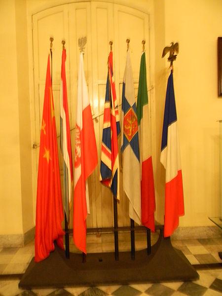 File:Palacio de los Capitanes Generales - Laslovarga24.JPG