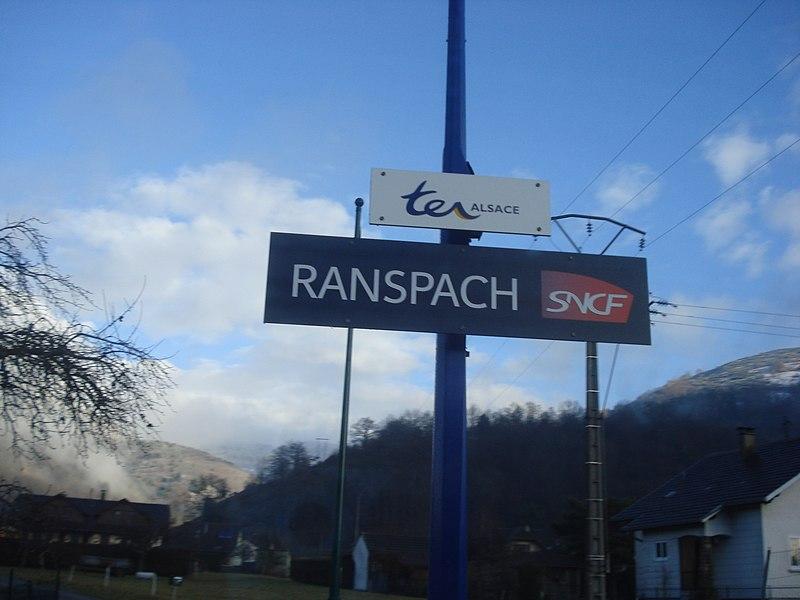 Panneau de la gare de Ranspach, le 12 décembre 2010, jour de la mise en service du tram-train de la Vallée de la Thur.