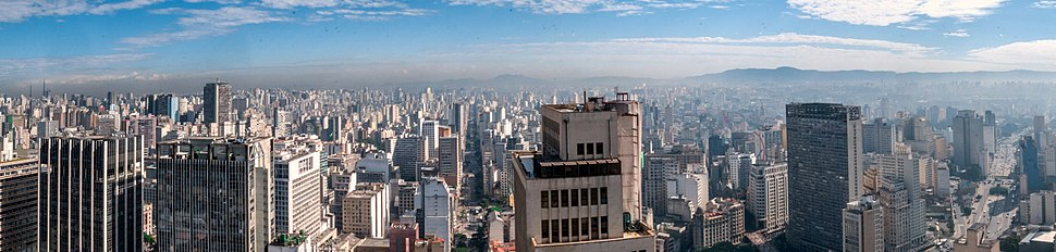 Panoramic view of Central Zone of São Paulo from Altino Arantes Building