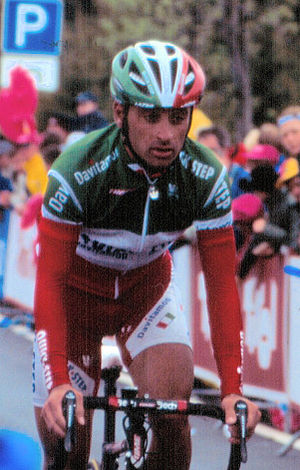 Paolo Bettini - Paolo Bettini wearing the National Champion's jersey in 2004.