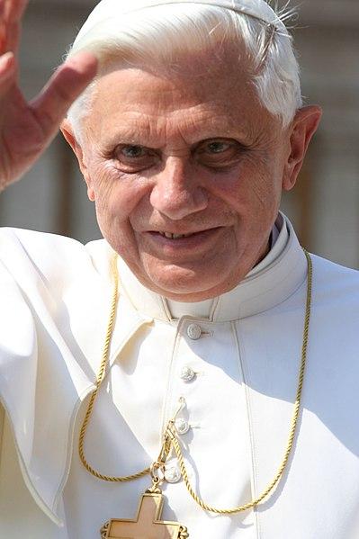 File:Papa Benedetto.jpg