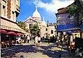 Paris, 128, Montmartre, la place du tertre, au fond, le dome du sacre-coeur (NBY 8843).jpg