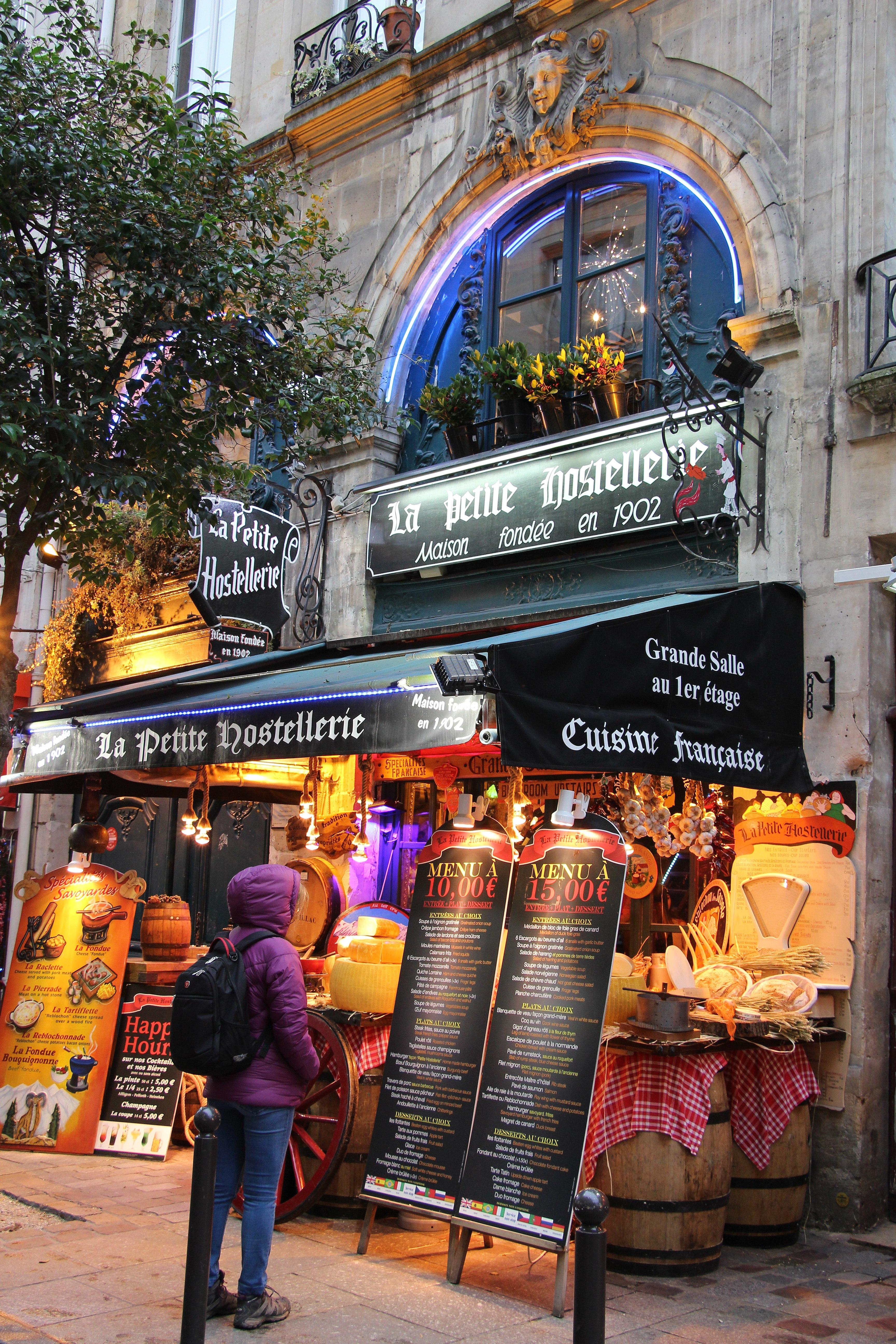 File:Paris - La Petite Hostellerie (31932492083).jpg ...