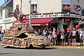 Passage de la caravane du Tour de France 2013 à Saint-Rémy-lès-Chevreuse 131.jpg