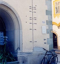Flood marks on Passau city hall.