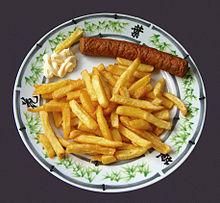 Großartig Frikandel Mit Patat Und Mayonnaise