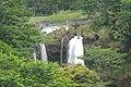 Peʻepeʻe falls - panoramio.jpg