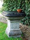 pedestal1.vaalsbroek