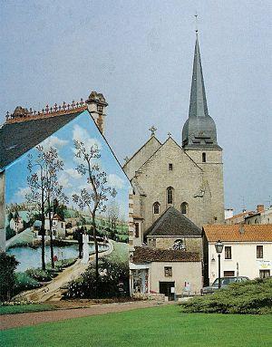 Le Poiré-sur-Vie - The church and a mural