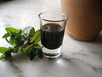 Pekmez - Pekmez (Üzüm Pekmezi), a Turkish syrup made of grapes (grape syrup) or (Keçiboynuzu Pekmezi) of carob