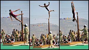 Mallakhamba - Performing mallakhamb