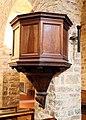 Pieve di cercina, interno, 03 pulpito con stemma del pievano dietisalvi neroni, xvi secolo.jpg