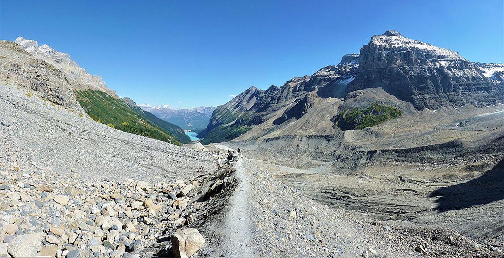 Plain of 6 Glaciers