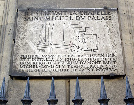 Plaque marking the former site of the Chapel of Saint-Michel du Palais, home of the Order from 1496 to 1555 Plaque Chapelle Saint-Michel-du-Palais, Paris 1.jpg