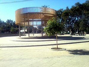 Colina, Chile - Image: Plaza centro Colina