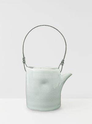 Edmund de Waal - Teapot, 1997 - an early work in porcelain by de Waal