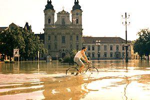 Morava (river) - Image: Povodeň 1997 Uherské Hradiště náměstí 2