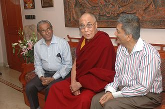 Lilavati Hospital and Research Centre - Prabodh Kirtilal Mehta and Rashmi Kirtilal Mehta with the Dalai Lama