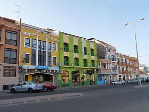Praia-Rue colorée