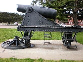 Ordóñez guns - Side view of the Ordoñez gun at the Presidio of San Francisco