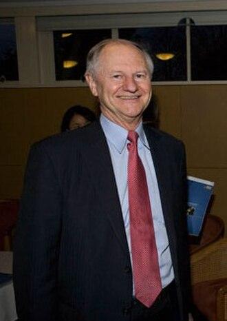 Peter Drysdale - Image: Prof. Peter Drysdale