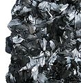 Pyrolusite-pyrol-01b.jpg