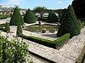 Queen's Maria garden - panoramio.jpg