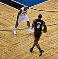 Quentin Richardson defends vs LeBron James December 2011 Heat @ Magic 011.jpg