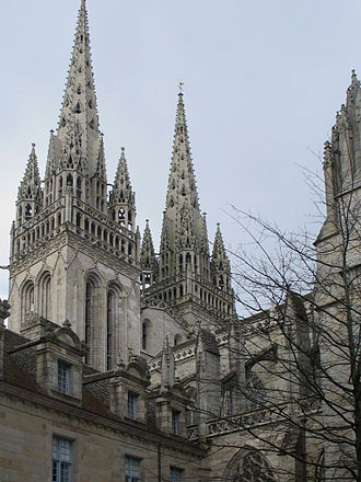 Denez Prigent - Quimper Cathedral, one of the stops of Tro Breizh.