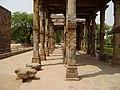 Qutub minar, Delhi - panoramio (2).jpg
